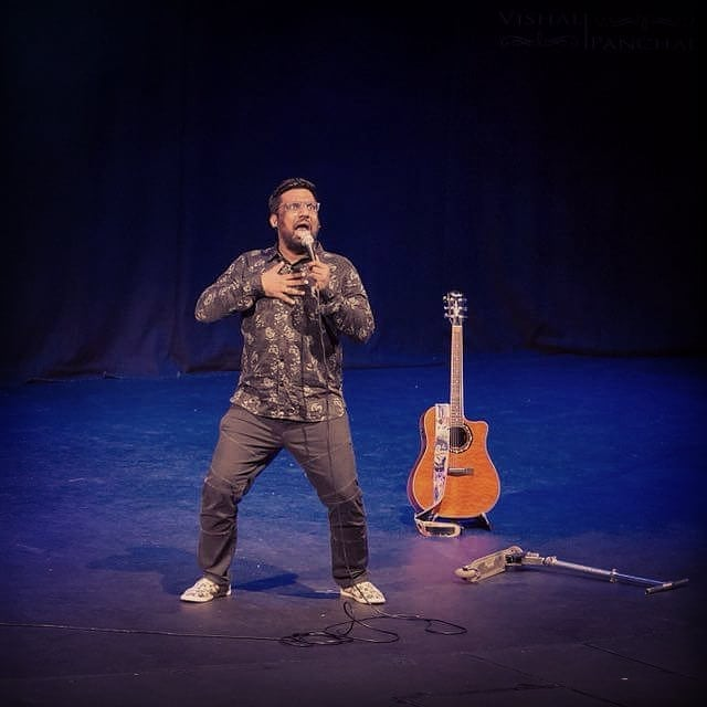 I entered on stage on a scooter for the first time. Whatta rocking show it was in Brisbane last night !!! Ready to rock Sydney in awhile. #StandUpComedy #TcfAustralia #Tour