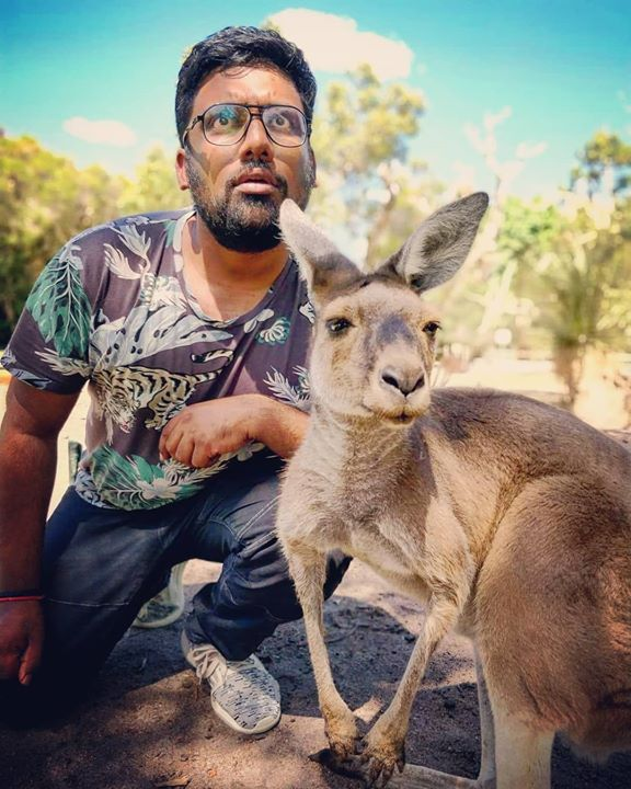 Kangaroo and I looking out for @ojasrawal   #TcfAustralia #GigLife #Australia #Kangaroo #Portrait #Tourist