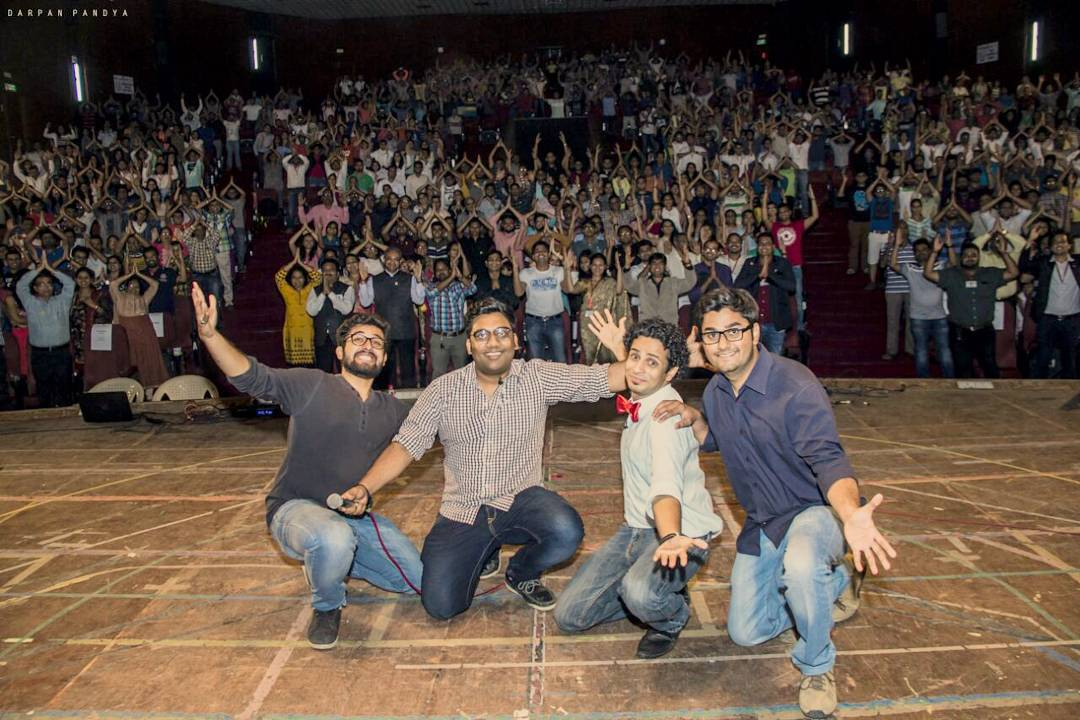 A picture is worth a thousand words. In this case.. 1000 people are in this picture. What a show! 2 and half hours without any break Vadodara enjoyed their ass off yet again. Thanks to Leo Club of Vadodara VIP. #postshow #pic #amaze