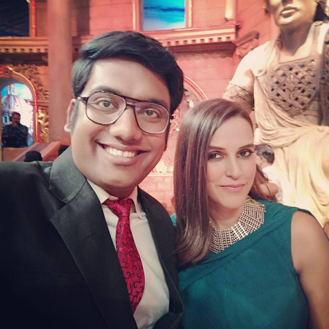The width of my smile is so broad only because @nehadhupia knows how much I love toilet humour. So much fun to hang out with her! Looking forward to madness when this episode airs. #comedynightsbachao #reverseroast