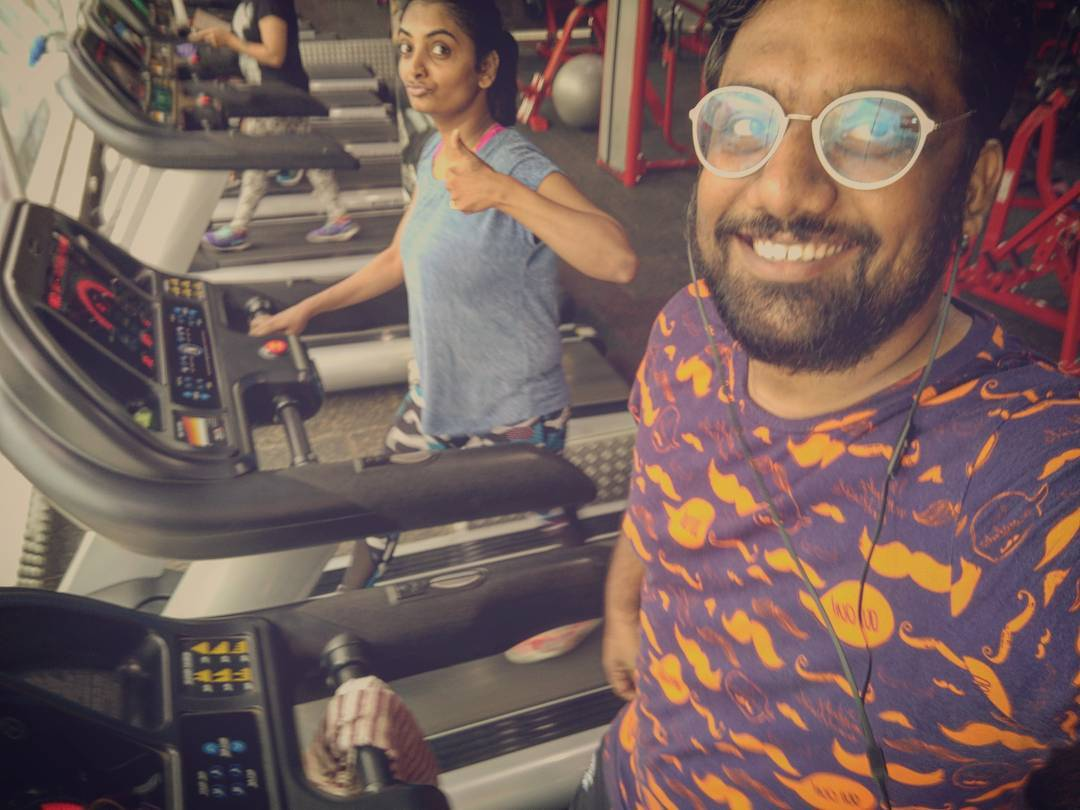 Mornings are going to be way better now. It is incredible how we still manage to do new things together!  #Gym #Couple