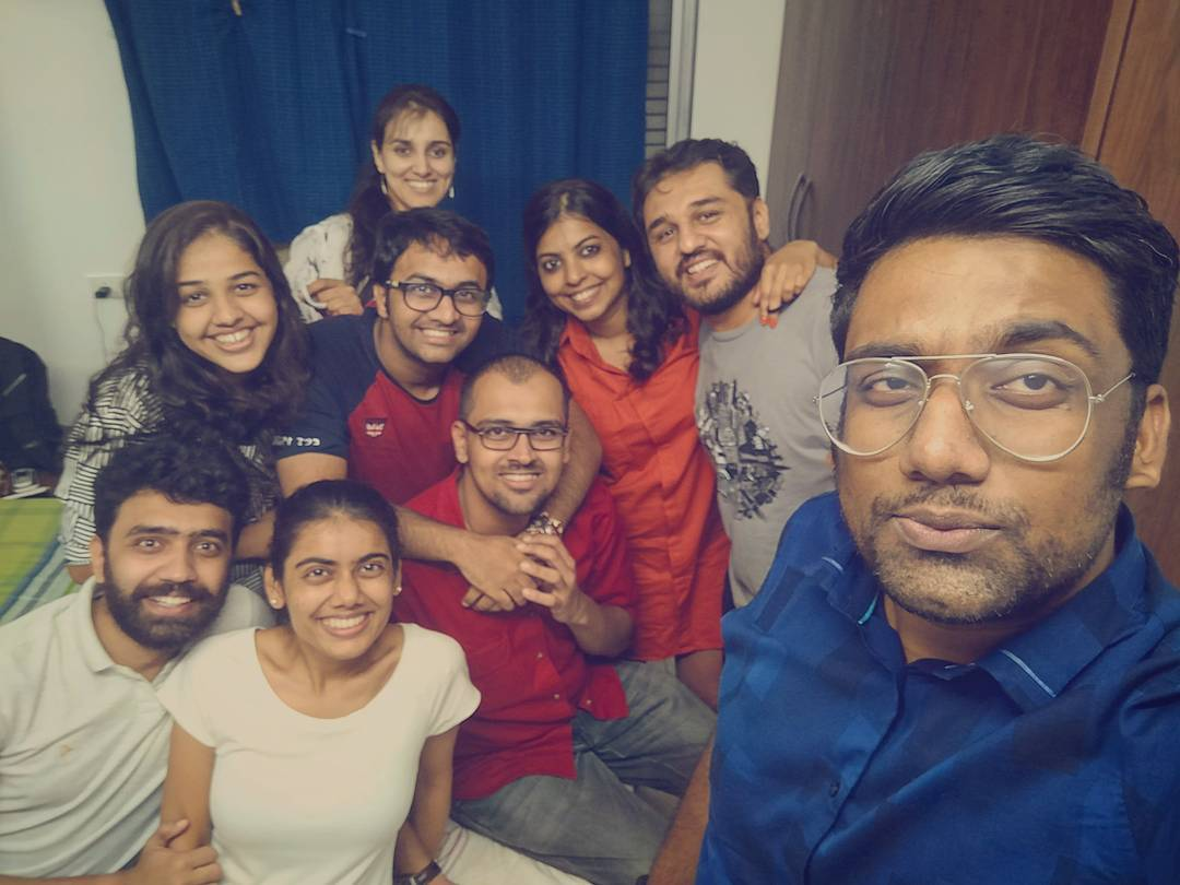After a long time a Cousins Night Out we all wanted to happen. Thanks #Aalsi for being such great Hosts. Whatta Epic Night!!!! #family #cousins #BestFriends