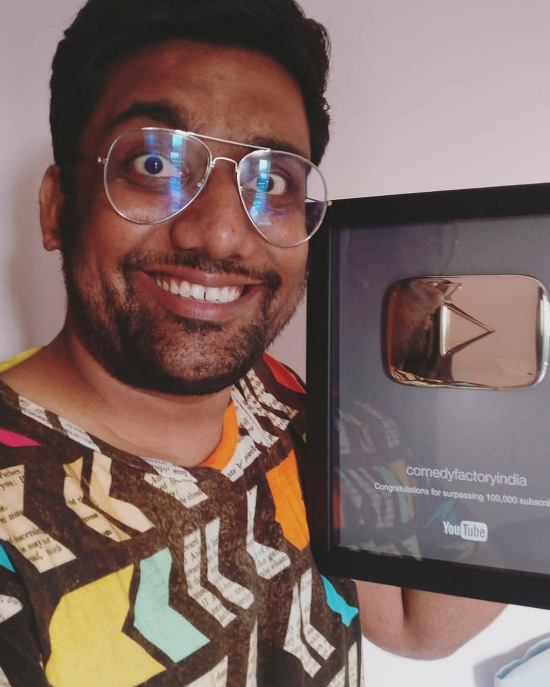 First Gujarati YouTube channel with original Gujarati comedy content to receive the silver play button. @thecomedyfactoryindia Team is best. Couldn't be more proud of each and everyone on our team. Thanks all for the constant support.  #TheComedyFactory #TCF6years