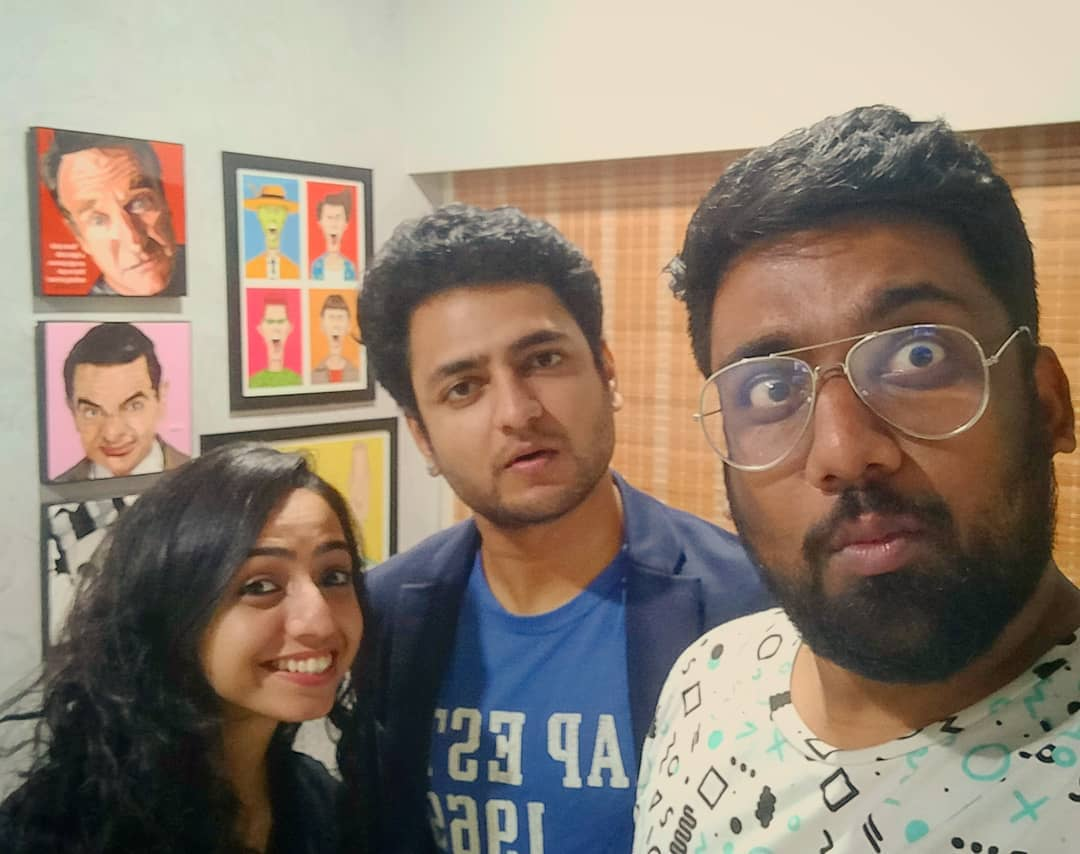 Look who came to our Factory !! @kennethseb @sonalithakker Thanks for discussing my insecurities post epic gujju thali foodgasm !!! You guys are the best.  #TheComedyFactory #kennysebastian #sonalithakker #StandUpComedy #Workplace