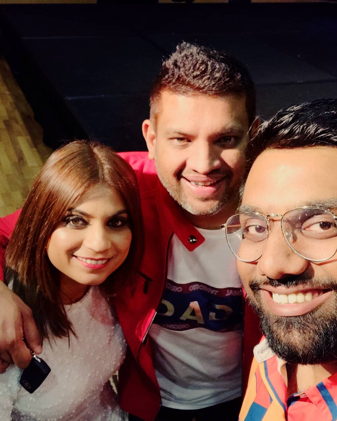 Always thankful to this lovely couple for hosting us in Australia. Thanks @chiragparikhofficial @foramparikh @star_alliance_entertainment for being so awesome like always.  #thecomedyfactory #AustraliaTour