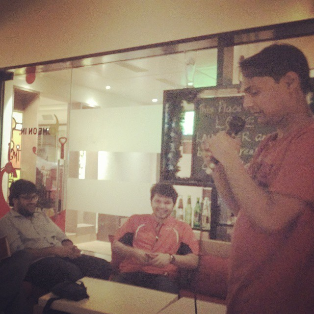 It was an amazing experience yesterday in this room with only Comics in the audience. Comics encouraging young comics.. Too Good. Thank you @kunalrao @sapanv & Karunesh.