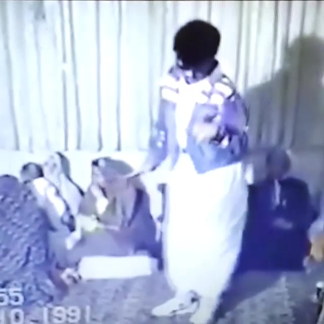 Dhol Poppin' Iranian Visarjan! Just shot a video while a Visarjan was in process downstairs where I am staying. This video is from Iran.. Year 1991. #mumbai #ganpati #visarjan