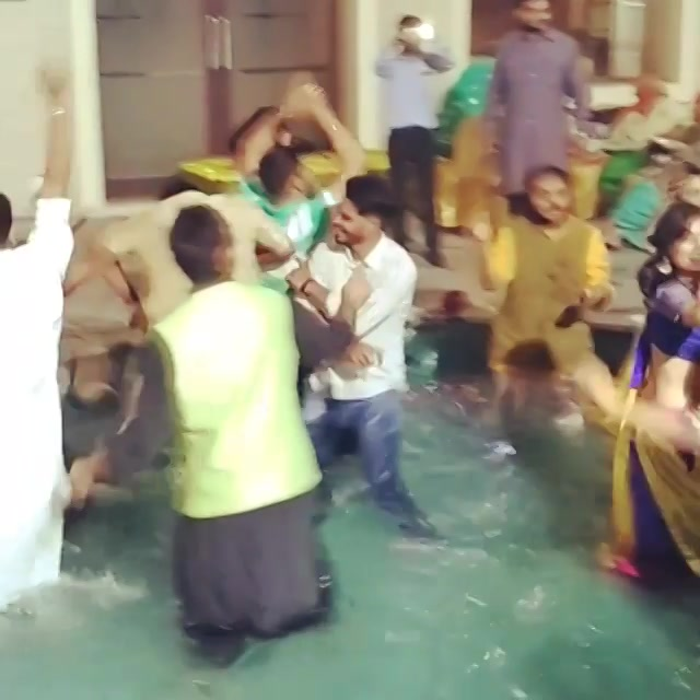 Gujarati Sangeet be like. We are so Gujarati we will dance on Punjabi tracks ! #sangeet #tunaktunak #pool #party