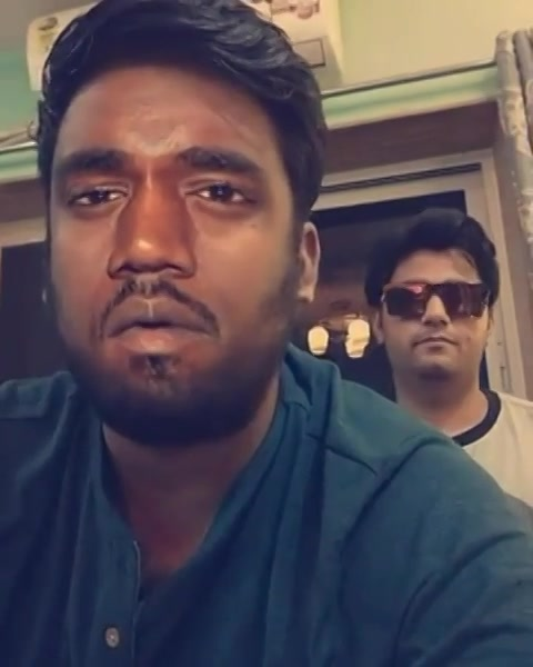 Gigga please go and watch the trailer of WRONGSIDE RAJU or else IMMA WHOOP YO CANDY KULLA MOFO. Here you can see Gigga along with Bhadu Bhadress talking about the new Gujarati movie trailer. Follow both of us on snapchat for more ridiculousness of GIGGA & BHADDU BHADRESSS.. #snapchat @chirayu_m @manansnaps @cinemanabhishek @mikhilmusale27