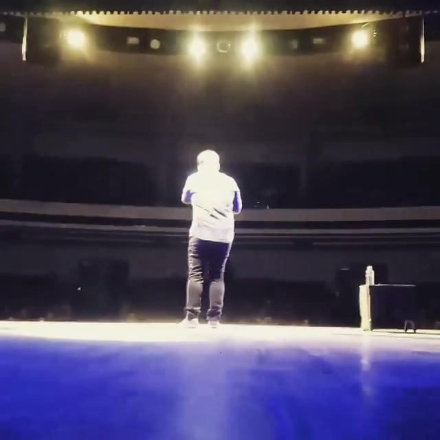 Thanks for such a great response on my first Gujarati stand up comedy video from my special Ashudh Gujarati. Here's a 'Edited' glimpse of an upcoming video.  Don't miss the TUESDAYS this October. Will be releasing bits from my special every Tuesday till 7th November.  #StandUpComedy #Gujlish