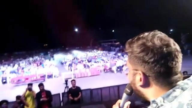 When 1500 people screamed Jati Rehje !!! Thank you @itmuniverse for an amazing time. @ojasrawal and I enjoyed your company to the core. Hope to see you guys in #Aaghaaz2019  #TheComedyFactory #ITMuniverse #Aaghaaz2018