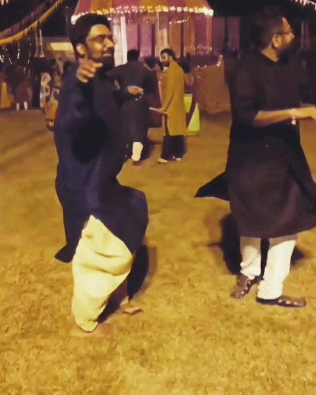 Why should GIRLS have all the fun ??!! Here are our SLO-MO twirls. @bijoypatel  Check out the two new tracks to hit the market this Navratri !!! Radha ne Shyam @sachinjigar  Dakla 3 @bandishprojekt  #SloMo #Shenanigans #SachinJigar #Navratri #Garba #BandishProjekt