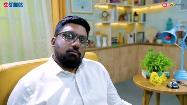 Aa episode ni aakhi feel aj alag chhe. @jigrra is an introvert. I am an extrovert. You don't Avert. This episode is now live on @officialjiostudios YT channel and @officialjiocinema app.  #MNT #jigrra