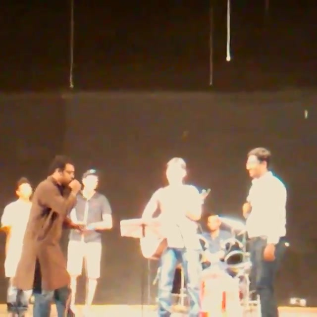 Jamming Piddly with @smitpandya2204 on stage. Thanks to Ishan for capturing the vid.